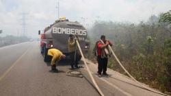 Atienden oportunamente incendios urbanos en Cancún