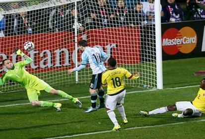 A penales llega Argentina a semifinales