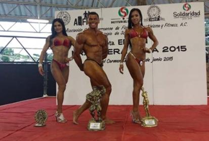 Magnifico certamen Mr. y Miss. Riviera Maya 2015 en Playa del Carmen