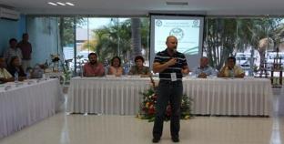 Firma taxistas convenio con la IP en beneficio de trabajadores del volante